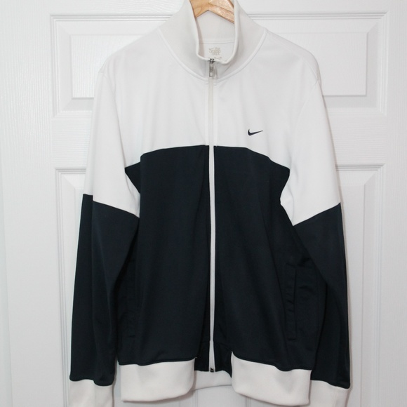 Nike Track And Field Clothing minimalist interior design